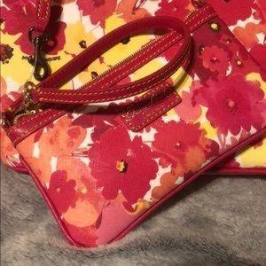 Dooney & Bourke Med Watercolor Floral Wristlet